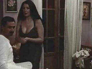 De tal masaje, el coño se mojó videos xxx subtitulado