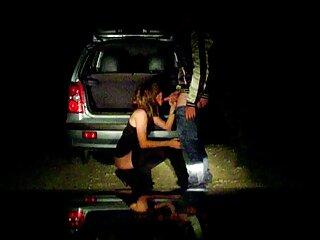 Rubia y morena se acarician sub porno en español los coños