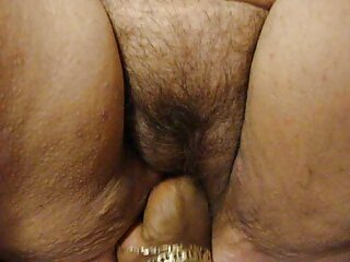 Marina Angel xxx sub latino se masturba con un vibrador