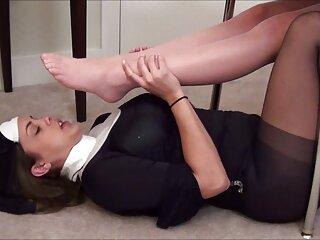 Alice White le porno sub en español da a su cliente un masaje de succión