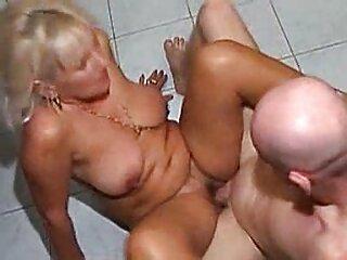 Hombre con novia de goma videos pornos sub español
