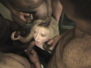 Milf británico incesto subtitulado masturbado