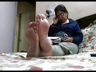 La MILF Dani Dare abre las piernas kendra lust sub español para un joven amante
