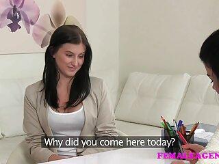 Skinny Loren Minardi porn subtitulado se lleva al orgasmo