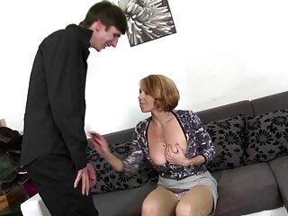 Kota Skye y Vyxen Steel muestran su juego anal en porno español subtitulado la cámara