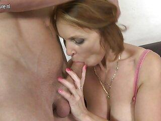 Rubia se hentai sub castellano divierte con macho