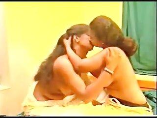 Ariella Ferrera le enseña a su hijastra Sara Luvv subtitulosxxx sexo