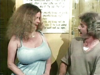 A la nena mecánica le encanta que porno sub completo la besen