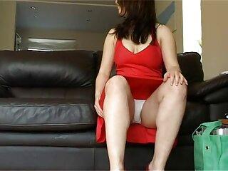 Chica con un vestido porno subtitulado en español juguetón
