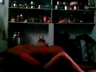 Anikka Albrite se folla a la pareja de consoladores AJ Applegate con su novio subtitulado español porno