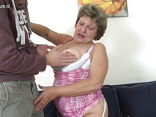 Chico hábil complace a Adriana Chechik con gran sexo incesto sub