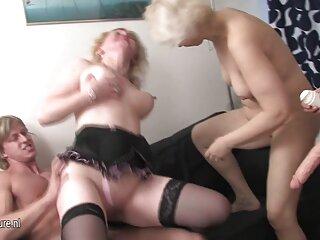 El chico se porno anime subtitulado español fue al bar y terminó a la chica por el culo