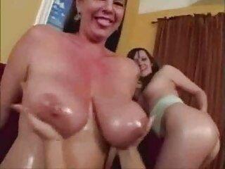 Kirsten Price se folla a la porno subtitulado online tetona Lola Foxx