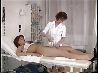 Julia Ann pasó peliculas xxx subtituladas un día en la cama con su esposo.