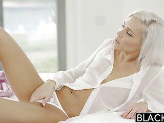 Ajuste de lencería y peliculas subtituladas xxx sexo