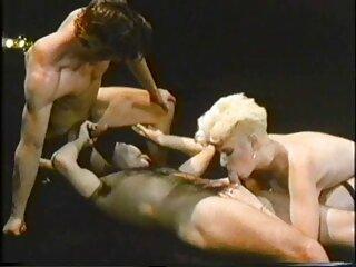 Tiffany Brookes pillada masturbándose porno hentai subtitulado en español en el baño