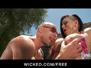 Sexo en la camilla xxxx sub español de masajes